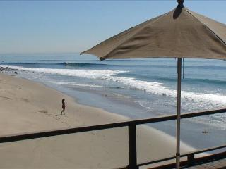 Malibu Beach House- Right on the Sand!, Malibú