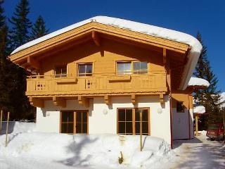 3 bedroom Villa in Konigsleiten, Zillertal, Austria : ref 2295460