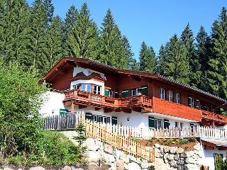 5 bedroom Apartment in Kitzbuhel, Tyrol, Austria : ref 2295530, Kitzbühel