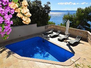 8 bedroom Apartment in Brac Selca, Central Dalmatia Islands, Croatia : ref 2296161, Sumartin