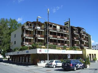 3 bedroom Apartment in Davos, Praettigau Landwassertal, Switzerland : ref 2298216