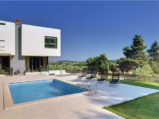 Villa in Pula, Istria, Pula, Croatia