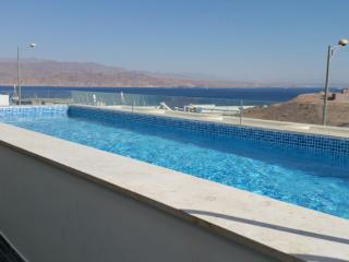 Penthouse with private pool and stunning view, Eilat