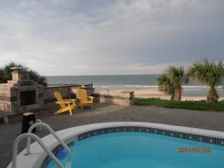 Ocean Front Luxury Home Sleeps 10, Daytona Beach