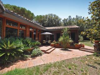6 bedroom Villa in Punta Ala, Maremma / Monte Argentario, Italy : ref 2303749