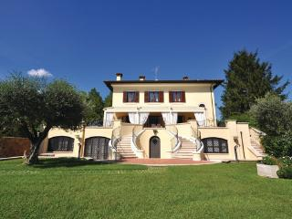 8 bedroom Villa in Civita Castellana, Latium Countryside, Italy : ref 2303831