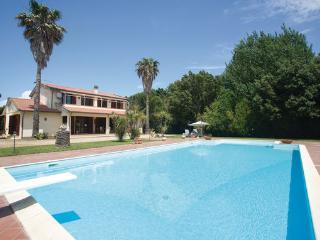 7 bedroom Villa in Capalbio, Maremma / Monte Argentario, Italy : ref 2303786