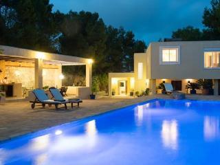 4 bedroom Villa in Ibiza Ciudad, Ibiza, Ibiza : ref 2306358, Sant Miquel De Balansat
