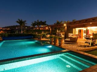 Villa in Salobre G. Resort, Gran Canaria, Canary Islands, Montaña La Data