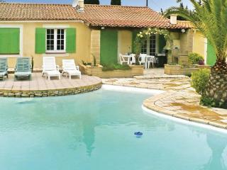 3 bedroom Villa in Avignon, Provence drOme ardEche, Bouches-du-rhone, France, Saint Pierre de Mezoargues