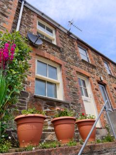 Quaint Cornish cottage overlooking the stunning views of the 3 rivers merging to become e river Fal.