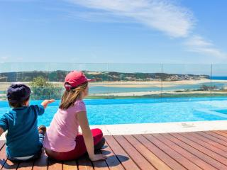 Casa do Lago villa-family friendly-12 sleeps-5 Bdr, Foz Arelho