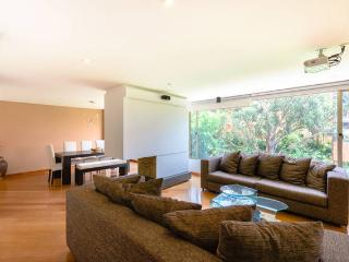 Luxury 4 Bed, 4 Bath in best area (Rosales), Bogota