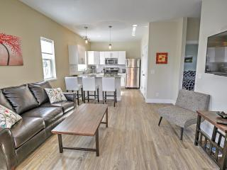 Brand New Downtown BV Condo w/ Patio & Mtn Views