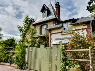 Gorgeous Normandy villa near the beach, Deauville