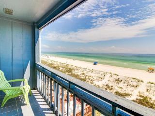 Oceanfront townhome, w/sweeping Gulf views & prime location, Panama City Beach