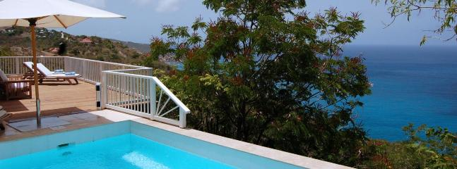 Villa Seaview 1 Bedroom (A Villa Nestled On The Heights Of Colombier. The Villa