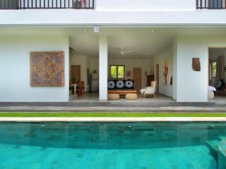 Coco Boutique Villa Bali, Kerobokan