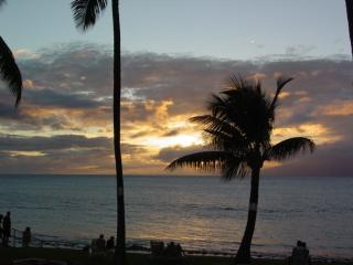 Beautiful Ocean Front Maui Condo with Island Views, Lahaina