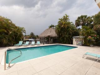 Villa Hibiscus231 Waterfront, SPECIAL SUMMER $159!