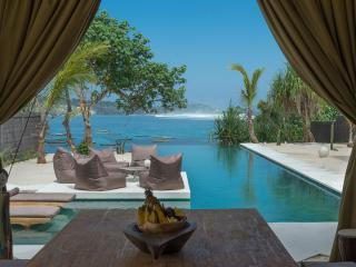 Villa Kingfisher - 2 bedrooms on the waterfront, Nusa Lembongan