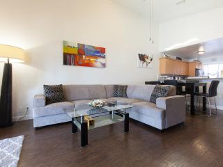 3 Bdr 2 Bth Beautiful Lake House, Fort Lauderdale
