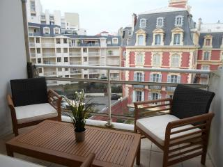 SALON, 2 HABITACIONES, TERRAZA, PARKING, Biarritz