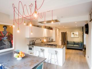 Veeve - Contemporary Chiswick