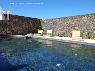 Royal Ho Residence with swimming pool, Grand Baie
