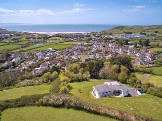 Luckenborough, Croyde