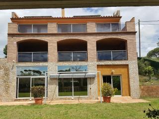 Casa Alto standing, piscina interior climatizada, Macanet de la Selva