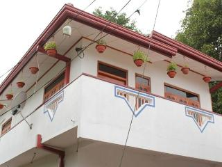 Su Casa 2 bedroom AC Apartment close to Beach, Weligama