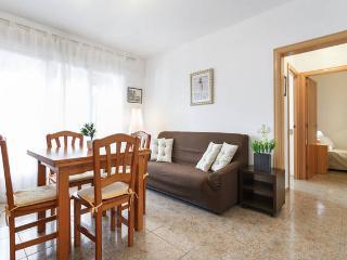 Crispi lovely 2bed center, Sitges