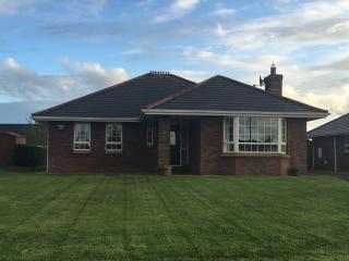 Bungalow In Donegal With Sea And Mountain Views, Buncrana