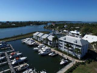 2nd Floor Marina villa with Elevator access, A1221MB
