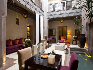 Chic and cosy authentic riad of the Mellah