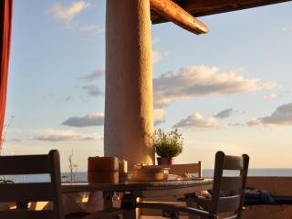 Charming panoramic indipendent villa, Malfa
