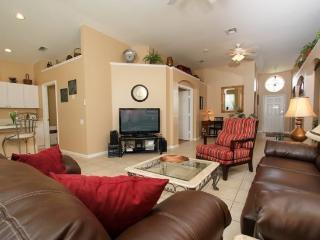 Beautiful 4 Bedroom 3 Bath Windsor Palms Resort Pool Home. 8074KPC, Kissimmee