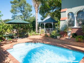 SPARKLING STAR BED AND BREAKFAST IN GLENWOOD, Durban
