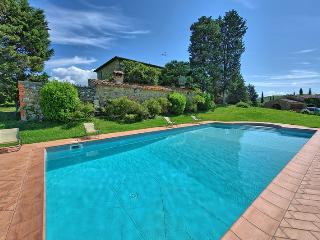 Villa Sodi with private pool and aircon in Chianti, Staggia