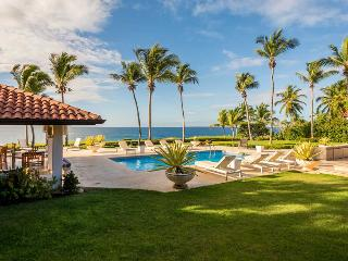 Mediterranean Style Oceanfront Hacienda, Full Staff incl. Cook, Swimming Pool, A