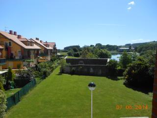 balcón vistas a Marismas de Santoña