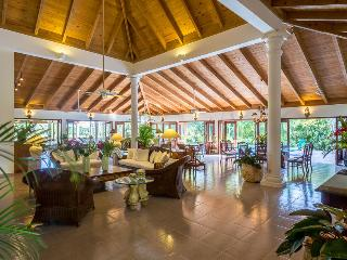 Casa de Campo 1935-Beautiful 4 bedroom villa with pool - perfect for families and groups, La Romana