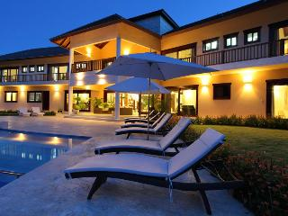 Casa de Campo 2211 - Ideal for Couples and Families, Beautiful Pool and Beach, La Romana