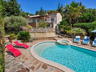 Villa in La Croix Valmer, Saint Tropez Var, France, La Croix-Valmer