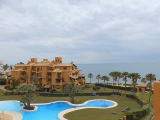 Los Granados del mar 3 bed apartment, Estepona