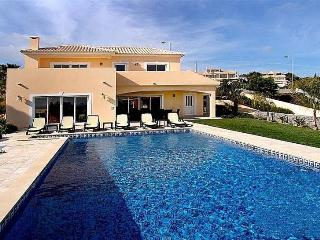 4 bedroom Villa in Praia da Luz, Algarve, Portugal : ref 2022375