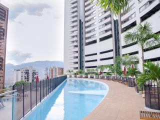 2Bed / 2 Bath Las Palmas - El Poblado, Medellin