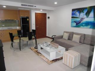 Luxury apartment in Karon Beach