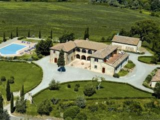 10 bedroom Villa in Siena, Tuscany, Italy : ref 2022482